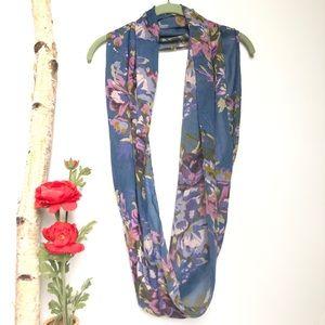 J Jill Blue Floral Infinity Fashion Scarf